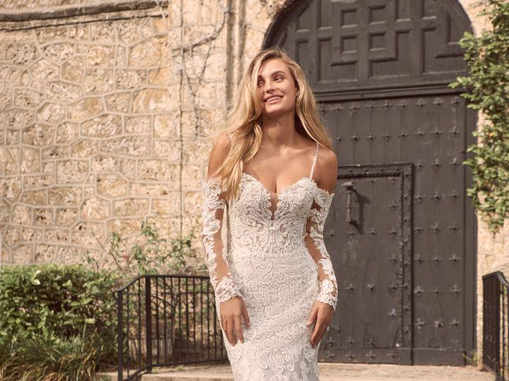 Tmx Maggie Sottero Fiona 21ms366 Alt1 Mv 51 95390 160831108674419  wedding dress