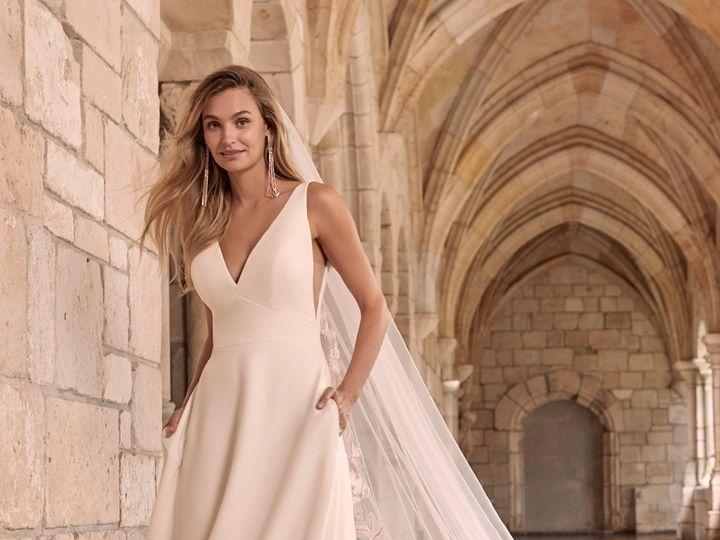 Tmx Maggie Sottero Josephine 21mw374 Alt1 Iv 51 95390 160831110197861  wedding dress