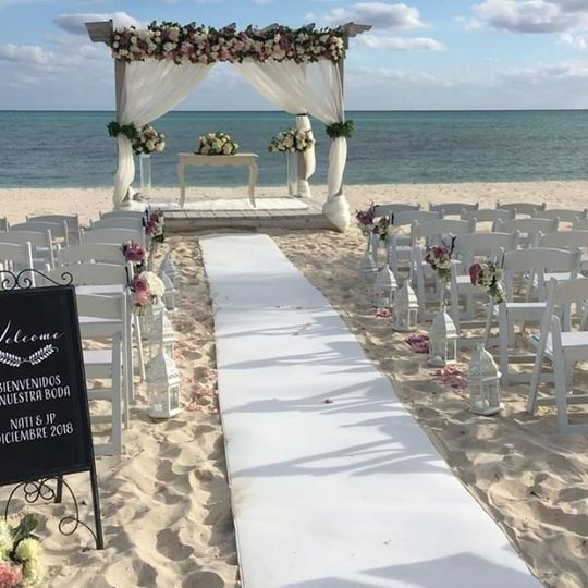 Exquisite Weddings