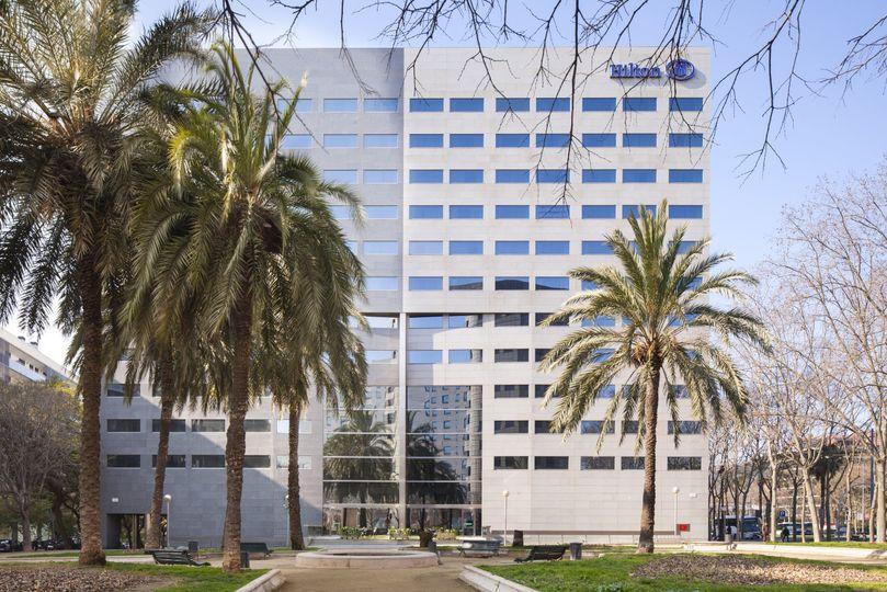67c837f2c00cb434 1530281624 1cad4af558f093fe 1530281621450 12 Hilton Barcelona