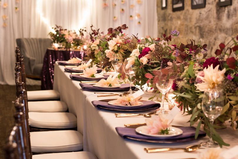 Long table setting