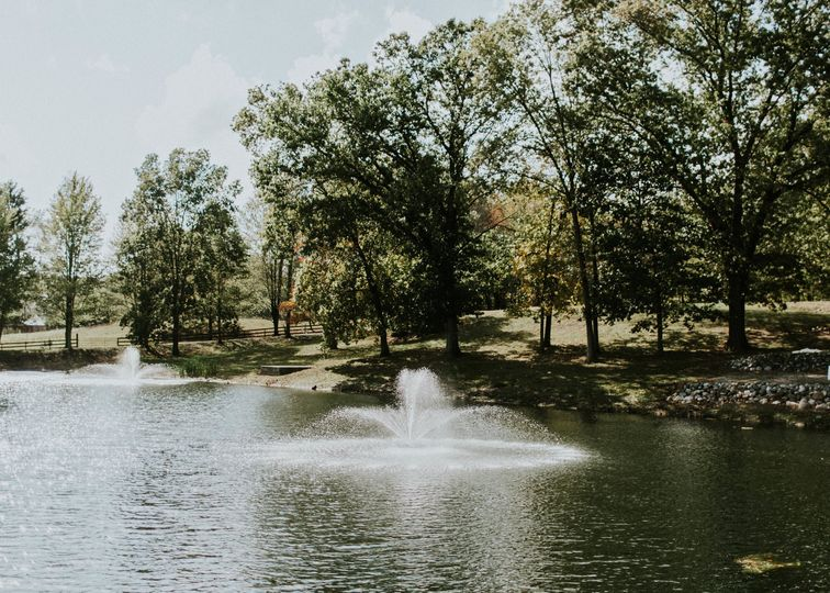 Fountains by ceremony site