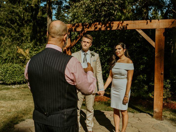 Tmx Dsc 2185 51 402490 160961721357950 Seattle, WA wedding officiant