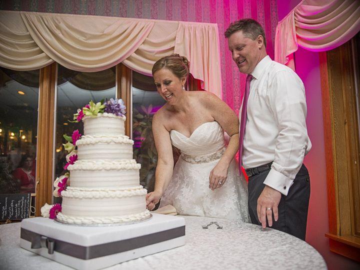 Tmx 1528981488 89f116bc520163f4 1528981485 7cefbd5302a339f8 1528981480439 12 Kara   Dave Weddi Geneva, NY wedding venue
