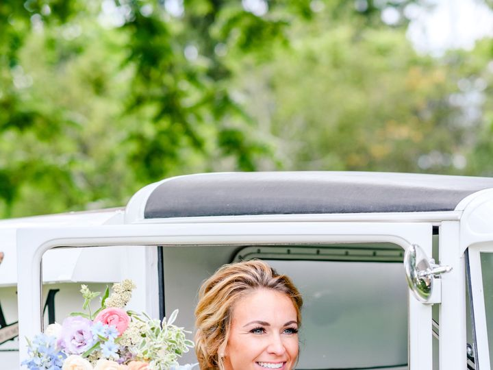 Tmx Lovely Luxe Rentals Wedding Andrea Krout Photography 238 51 1009490 160176867648123 Eagleville, PA wedding beauty