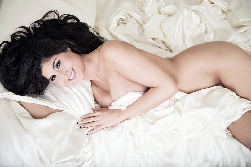boudoir white sheets nude pose ideas new jersey ph