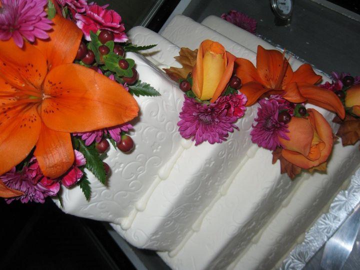Tmx 1339610573917 IMG0763.JPGweb Buffalo wedding cake