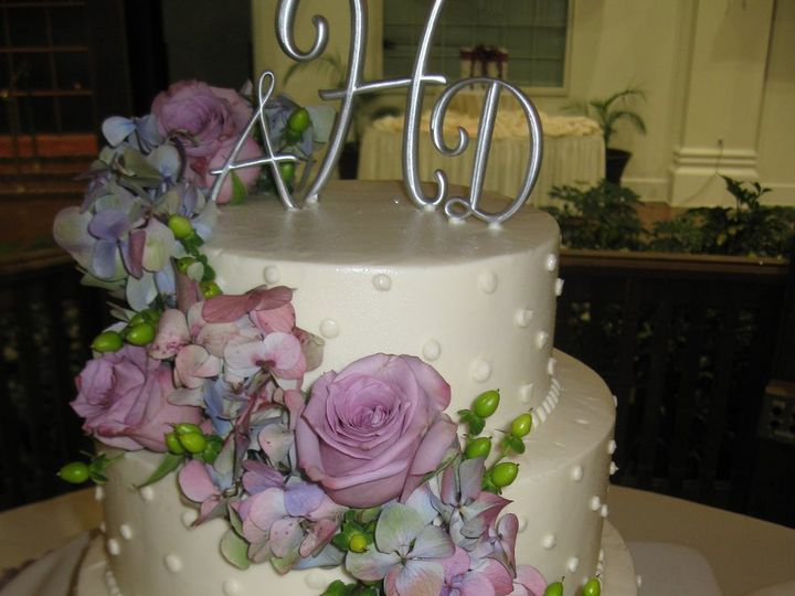 Tmx 1339610751406 IMG0564 Buffalo wedding cake