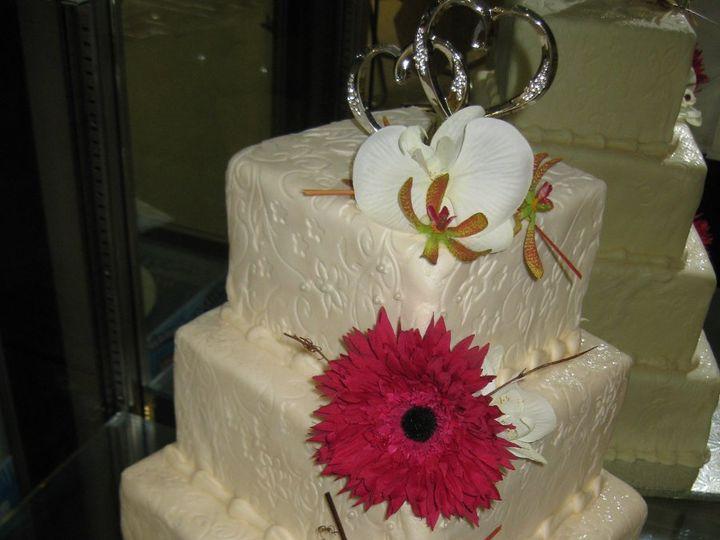 Tmx 1339610805296 IMG0616 Buffalo wedding cake