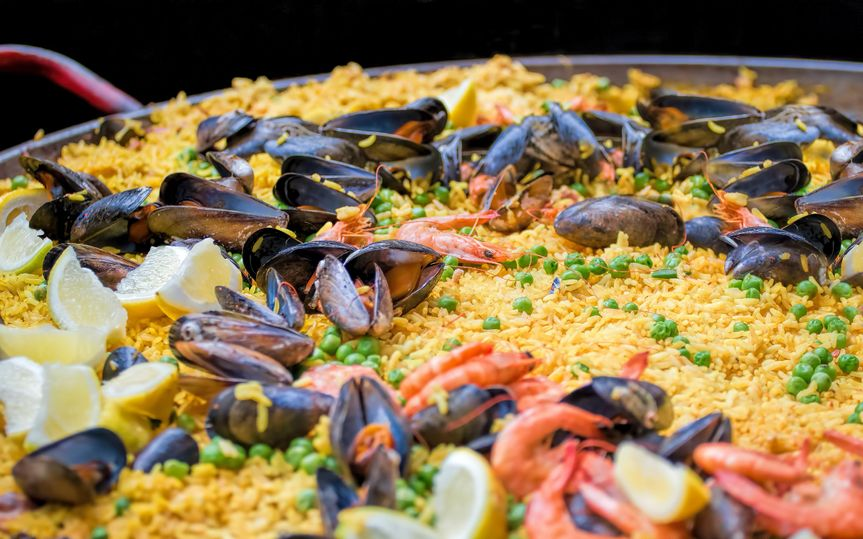 Open fire seafood paella