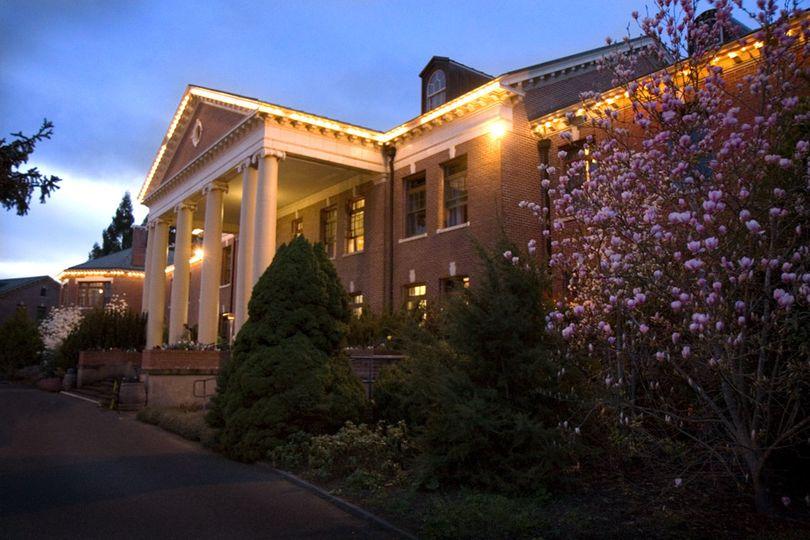 McMenamins Grand Lodge at dusk.