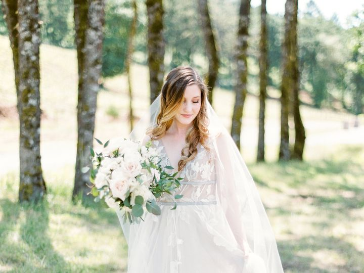 Tmx 0618 Kienlen 100 51 725590 Portland, Oregon wedding florist