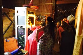 Southern Charm Photo Booths