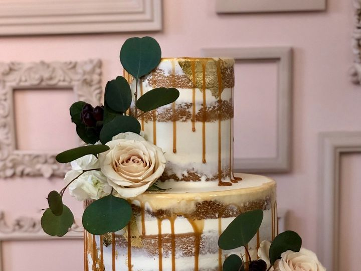 Tmx 89cfedfa 2a9d 46ab Bec0 9d4ce47574ae 1 201 A 51 59590 158205314686356 Sandown wedding cake