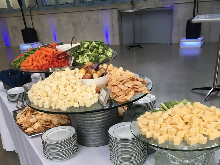 Tmx Img 8140 51 85690 Cuyahoga Falls, OH wedding catering