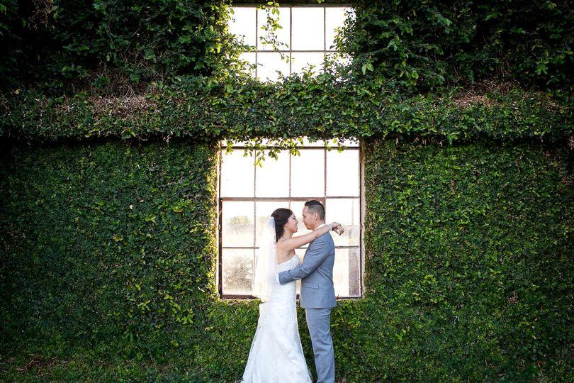 3a9773803a9aa965 1494958653787 009 bride groom doubltree hilton commerce wedd