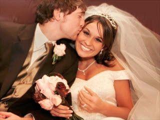 Couple's forehead kiss