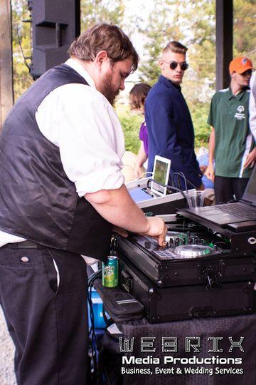 Professional DJ & Emcee
