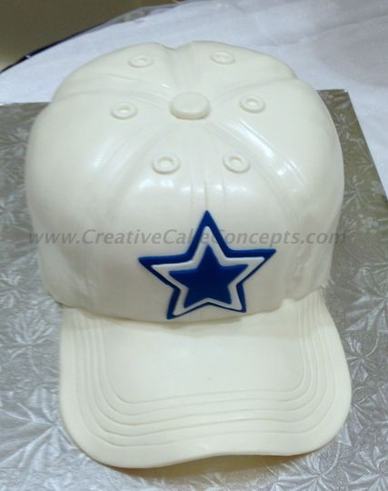 Groom's 3D Dallas Cowboys hat