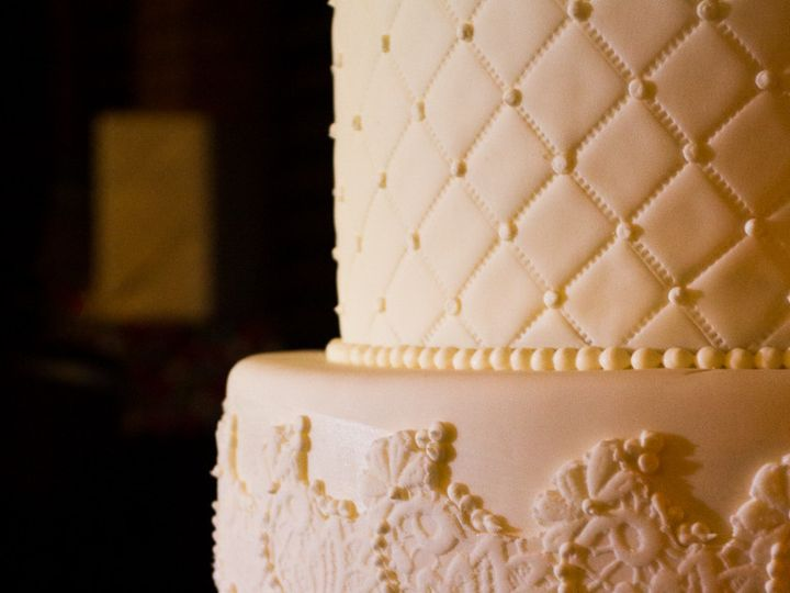 Tmx 1389819411968 11 Textured Wedding Cak Sacramento wedding cake