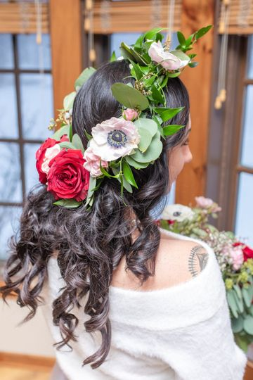Fresh flowers for your hair