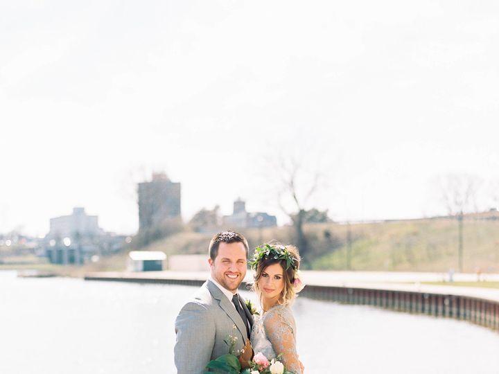 Tmx 0055 51 23790 Kalamazoo, MI wedding florist