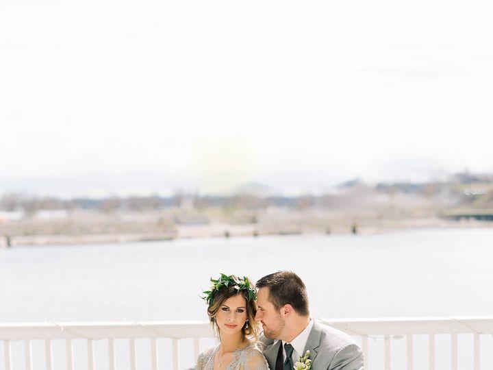 Tmx 0080 51 23790 Kalamazoo, MI wedding florist