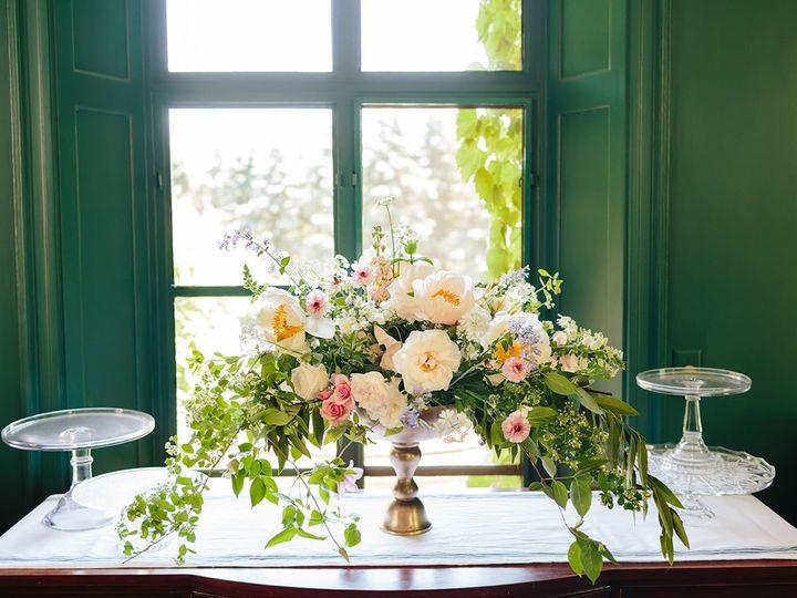 Tmx 104412996 2684817561846271 7989529616526527853 O 51 23790 159298923858451 Kalamazoo, MI wedding florist