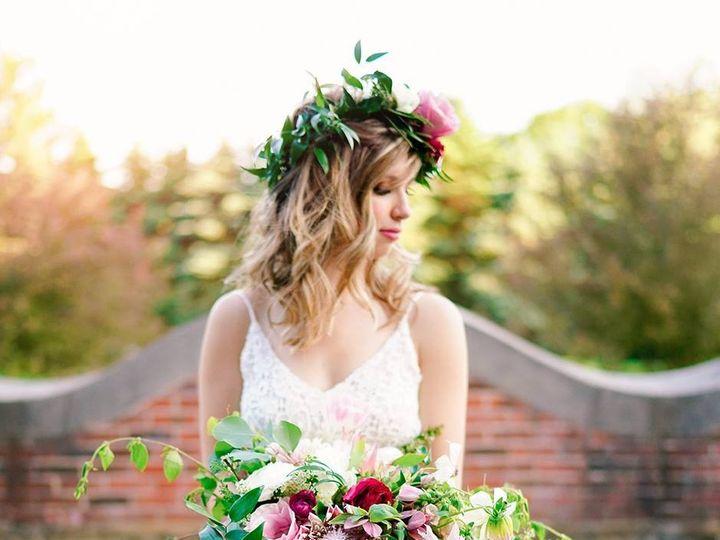 Tmx 1475620228095 1306466710006189500462643948634485299634497o 1 Kalamazoo, MI wedding florist