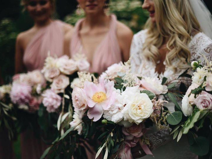 Tmx 1475620422010 13340511101537146207575071768243093o Kalamazoo, MI wedding florist