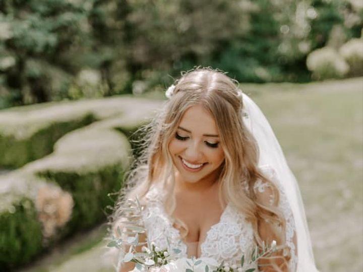 Tmx 69947439 2840203922679383 2977905103551332352 N 51 23790 157875171130453 Kalamazoo, MI wedding florist