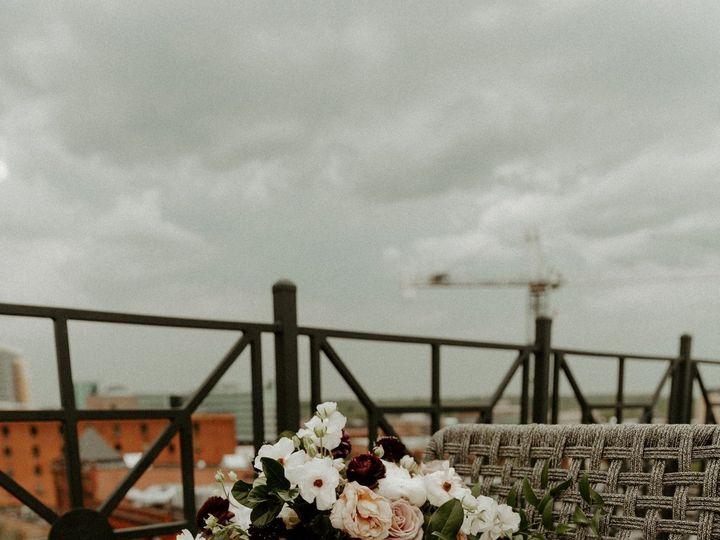 Tmx 78992207 2622666717770094 1007157551600500736 O 51 23790 157875163028484 Kalamazoo, MI wedding florist
