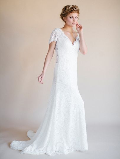 Short sleeved wedding gown