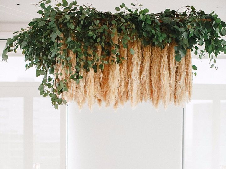 Tmx Modern Wedding Inspiration With A Pampas Grass Chandelier 01 51 54890 158506214316915 Kansas City, MO wedding venue