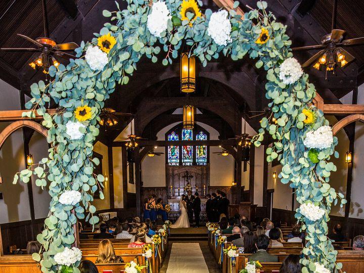 Tmx Chapel Runner With No Trim 51 716890 Orange, CA wedding venue