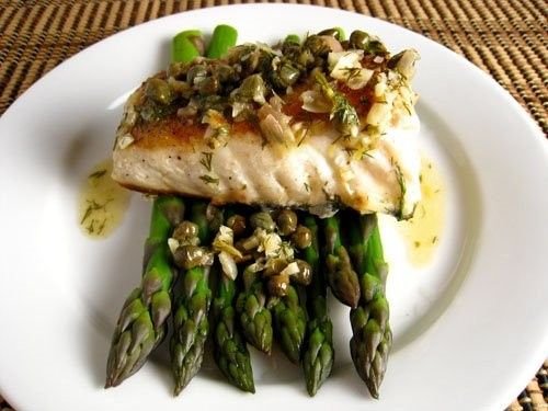 halibut with asapargus