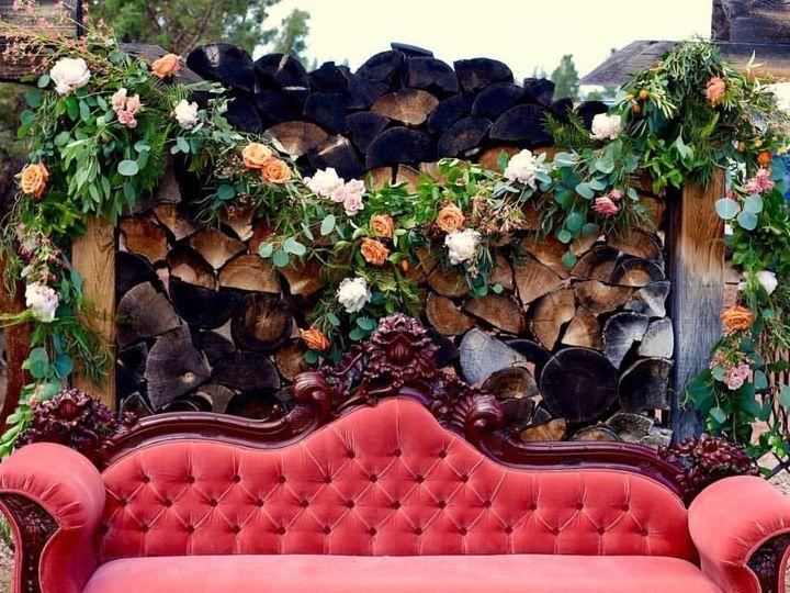 Tmx 1473388036057 Peanutsgallerylavatuftedsofa Bend, OR wedding rental