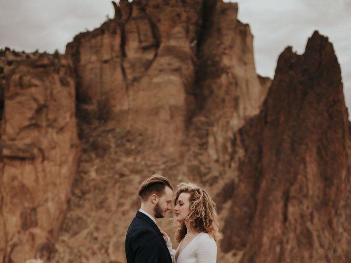 Tmx 1531277108 17936b354d8f2bd6 1531277107 C670f82b67231a55 1531277107773 2 Dawnphotography 41 Bend, OR wedding rental