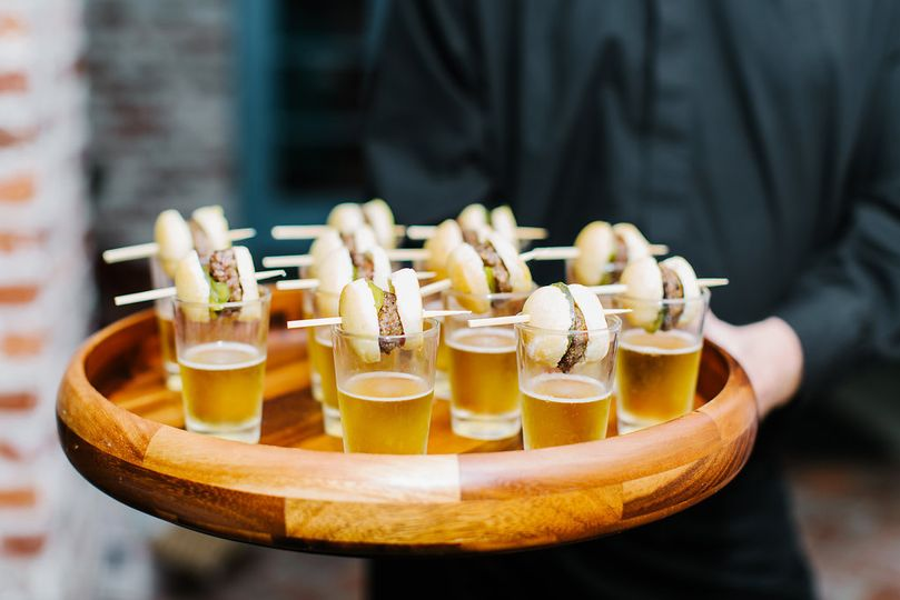 butlered hors d mini sliders and beer 2 51 49890 160286872135822