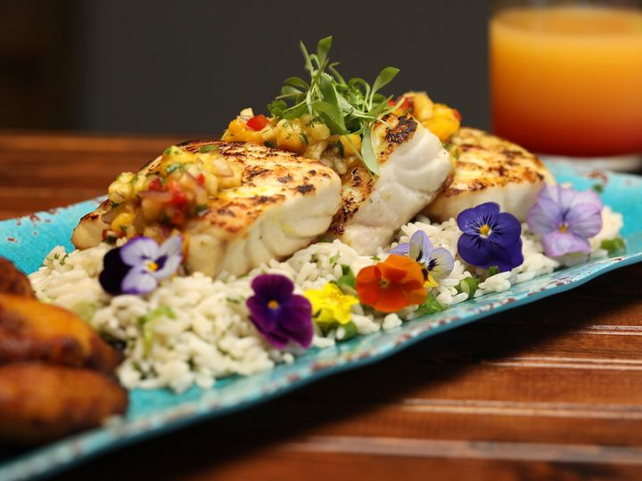 Tmx Plated Tropical Fish With Scallion Rice And Plantains 51 49890 160286769521590 Altamonte Springs wedding catering