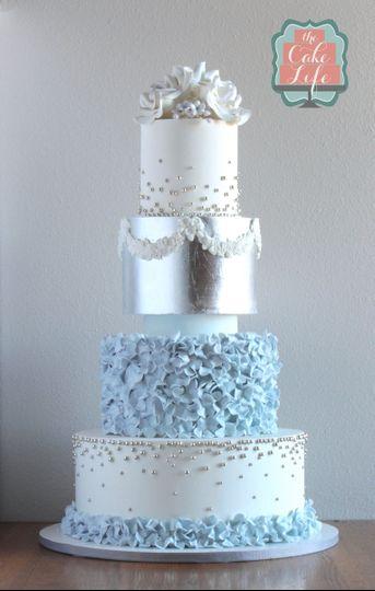 silver blue wedding cake