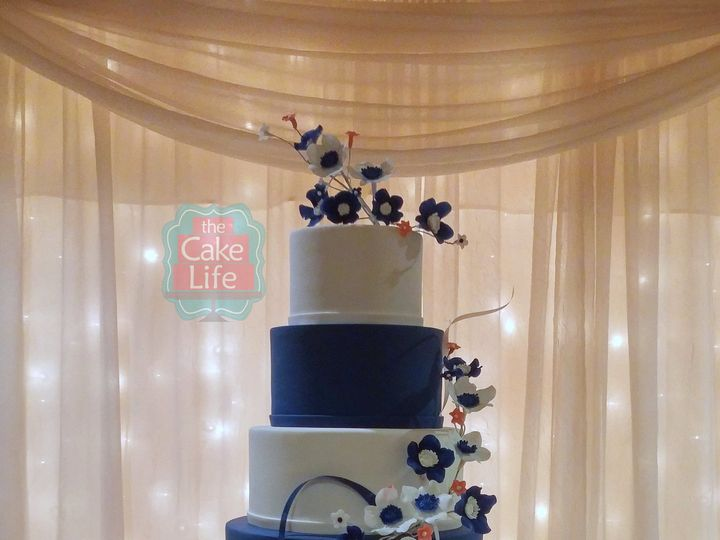 Tmx 1491184055934 Blue White Alternating Colors Wedding Cake Dickinson wedding cake