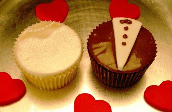 Tmx 1252581470175 Cupcakes029 Massapequa wedding cake