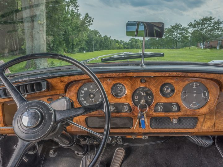 Tmx Rolls Royce 1964 0067 51 27990 1565100003 Springfield, VA wedding transportation