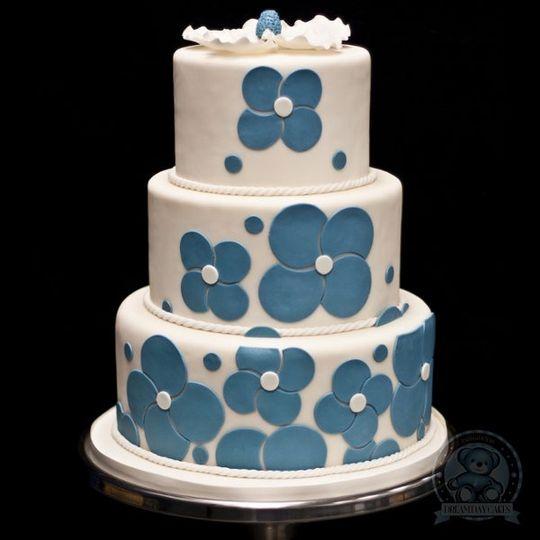 The Love Wedd cake.