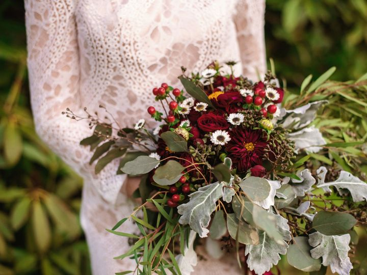 Tmx 1527702433 24fa527a408722bb 1527702429 4b97afedff122733 1527702424259 6 D318651C 6D4E 4435 Lewiston, Maine wedding florist