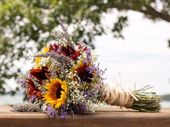 Tmx Img 0345 51 49990 1559586219 Lewiston, Maine wedding florist
