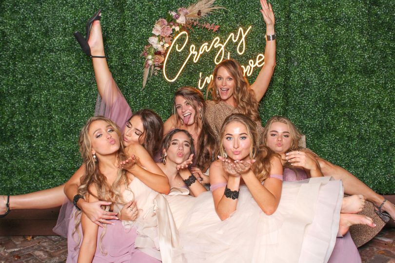 Crazy in Love Hedge backdrop