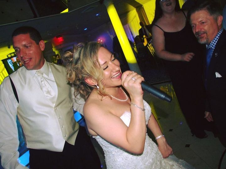 Tmx 1497731799849 1881356315287686205292568647464444403591582n Middle Island wedding dj