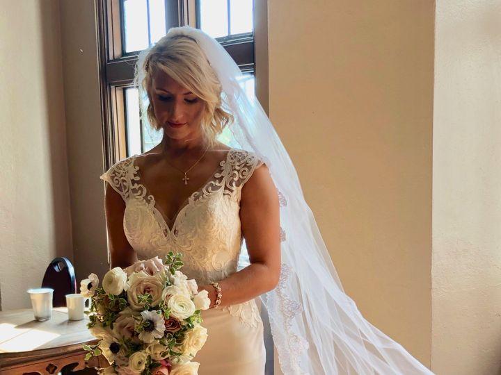 Tmx Img 1672 51 1002001 1571137379 Oakland, MI wedding florist